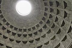 万神殿的圆顶在罗马,意大利 库存图片