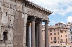 万神殿的美丽的景色在罗马在意大利 免版税库存图片