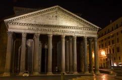 万神殿,罗马在晚上 库存图片