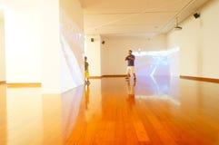 丈夫基思 图象在深圳举行的汇集陈列的哈恩,他宁乡县美术馆,中国 免版税图库摄影