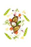 三个三明治用Pesto调味汁和奶油和年轻绿豆 免版税库存照片