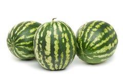 三个在白色背景的成熟西瓜莓果 库存照片