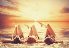 三个女孩 免版税库存照片