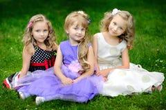 三个女朋友画象  免版税图库摄影