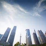 三个摩天大楼,商务中心在上海 库存照片