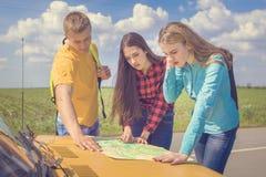 三个朋友旅行 免版税图库摄影