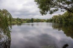 三个池塘谷在卡托维兹在一多云天 免版税库存图片