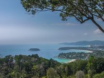 三个海湾在南部的海的观点 图库摄影