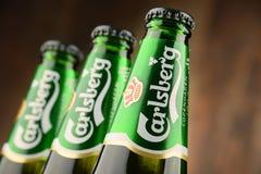 三个瓶嘉士伯啤酒 库存照片