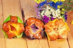 三个甜小圆面包用果酱 库存照片