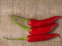 三个红色意大利辣味香肠 免版税图库摄影