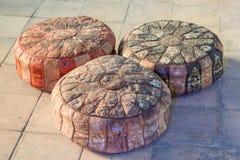 三个美丽的东方坐垫 免版税库存图片