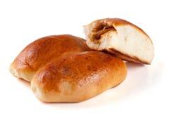 三个自创饼用在白色背景隔绝的圆白菜 库存图片