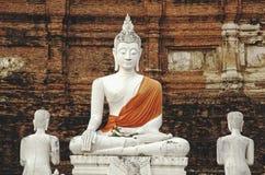 三个菩萨雕象 免版税库存照片