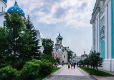 """三位一体圣Sergius â€拉夫拉""""最大的正统男性修道院在俄罗斯 库存图片"""