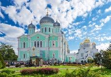 三位一体大教堂和救主变貌大教堂圣洁 库存图片