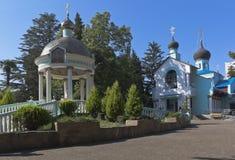 三位一体教会在爱德乐,索契 免版税图库摄影