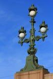 在三位一体桥梁的灯笼。 圣彼德堡。 免版税库存照片
