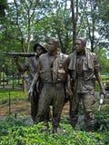 三位战士的雕象越战纪念碑的在华盛顿D C  2008年 免版税库存照片