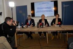 三位部长新闻招待会 免版税库存图片