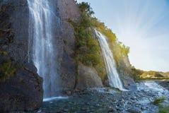 三叉戟在弗朗兹约瑟夫冰川,新西兰附近落 免版税库存图片