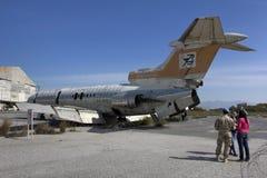 三叉戟太阳喷气机绿线塞浦路斯 免版税库存照片