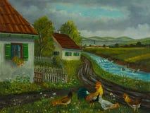 三只鸡和一只雄鸡在房子前面的草甸 免版税图库摄影