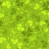三叶草离开无缝的传染媒介样式 圣帕特里克` s天绿色背景 三叶草墙纸 免版税图库摄影
