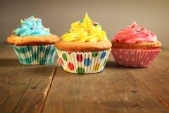三块杯形蛋糕 库存图片