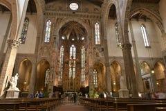 三塔Croce大教堂在佛罗伦萨,意大利 免版税库存图片