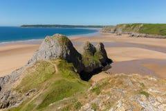 三峭壁海湾Gower夏天阳光美丽的半岛的威尔士英国 免版税库存图片