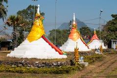 三座塔在Thailands省Sanghkla Buri通过是a 免版税库存照片