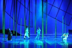 三我们是走的together-The舞蹈戏曲神鹰英雄的传奇 库存照片