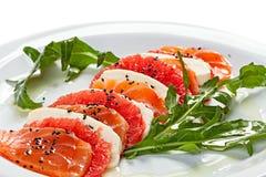 三文鱼和乳酪开胃菜特写镜头  免版税库存图片