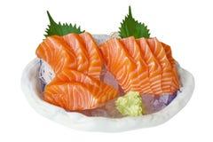 三文鱼生鱼片,日本食物 在冰服务的未加工的三文鱼内圆角w 图库摄影