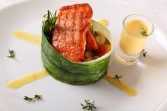 三文鱼用调味汁 免版税库存图片