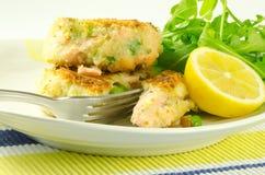 三文鱼的fishcakes 免版税库存照片