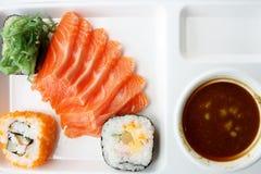 三文鱼调味汁寿司wasabi 免版税库存图片