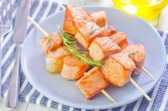 三文鱼kebab 免版税图库摄影