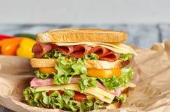 三明治,牛皮纸三明治 图库摄影