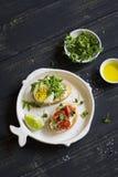 三明治用乳酪、蕃茄和鸡蛋 图库摄影