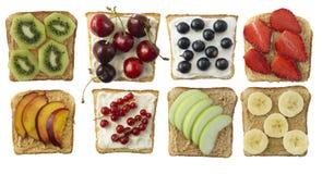 三明治用花生酱和乳脂干酪 免版税库存照片