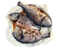 三条被烘烤的鱼 库存照片