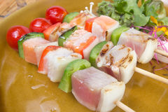 三条调味的鱼烤肉 库存照片