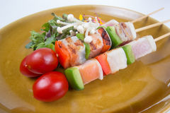 三条调味的鱼烤肉 库存图片