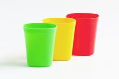 三杯子三颜色。 免版税库存照片