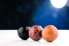三球状自然石头 免版税图库摄影