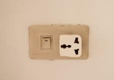 三种方式适配器安装的墙壁 库存图片
