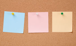 三种颜色裱糊关于黄柏板的笔记 库存照片