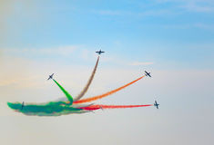 三色箭头飞行表演 Tirrenia,比萨,意大利, 2 9月11日, 免版税库存图片
